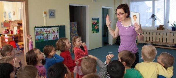 Naučte své děti speakovat